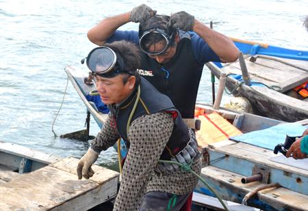 Nghề lặn sử dụng máy nén khí